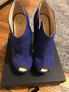 b0dfc6e40050 Image is loading 995-Giuseppe-ZANOTTI-purple-suede-SCULPTED-WEDGE-ankle-