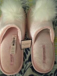 VICTORIA/'S SECRET POM POM SLIPPERS Pink Medium Size 7-8 NIP New