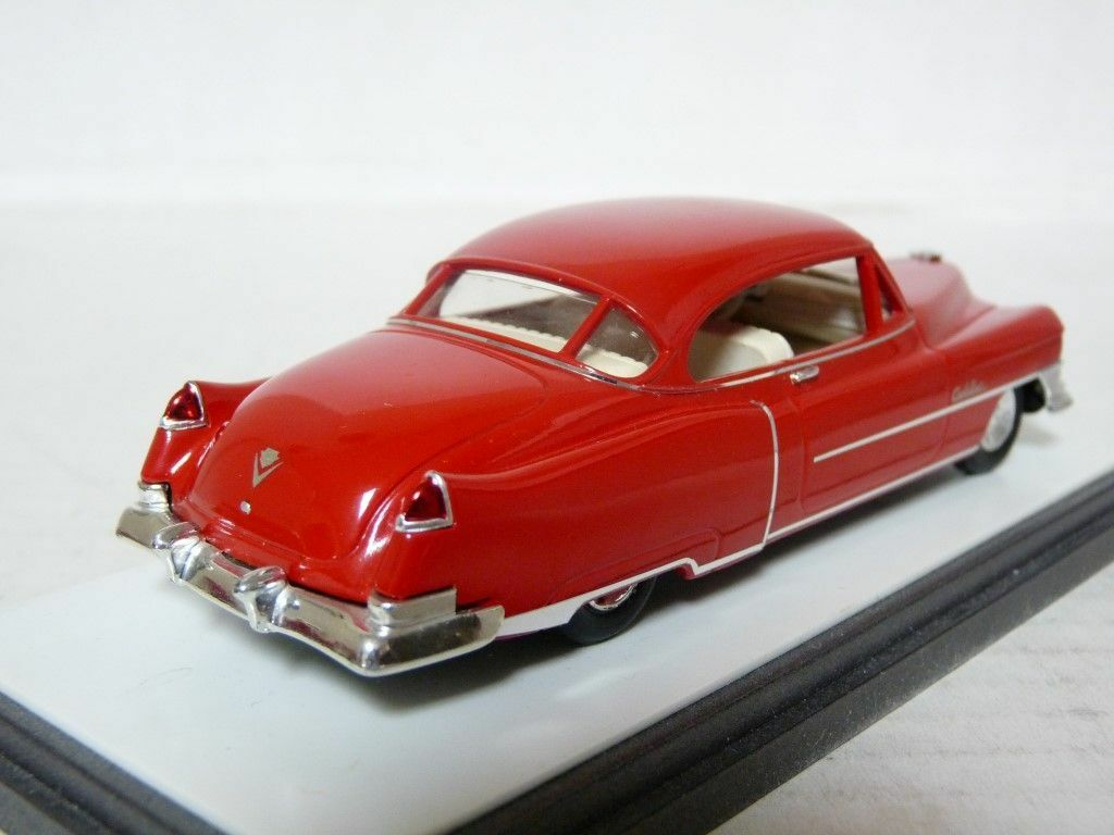 Elegance 109 1 43 1950 Cadillac Series Series Series 62 Coupe DeVille Resin Handmade Model Car 644cb3