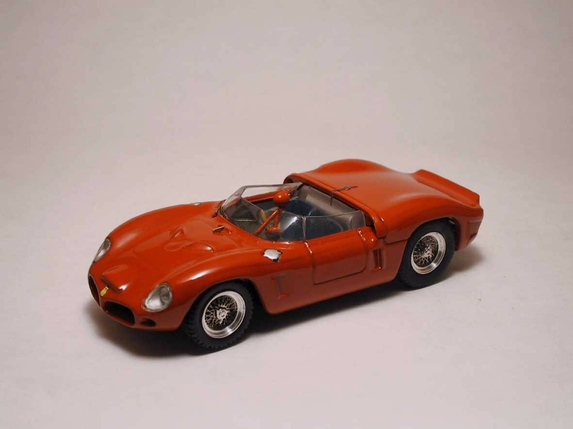 Ferrari Dino sp 1962 rouge 1 43 MODEL 0020 Art-Model