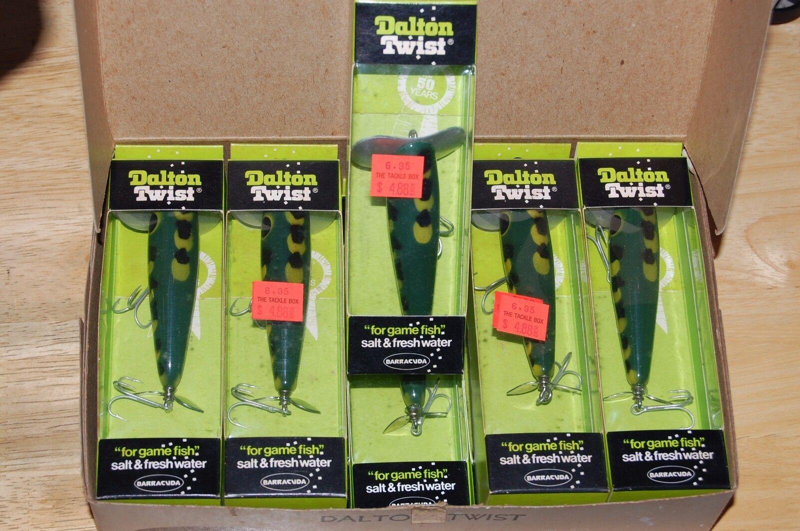 10 lures dealer box old dalton twist dt45 yf frog pattern prop propeller bait