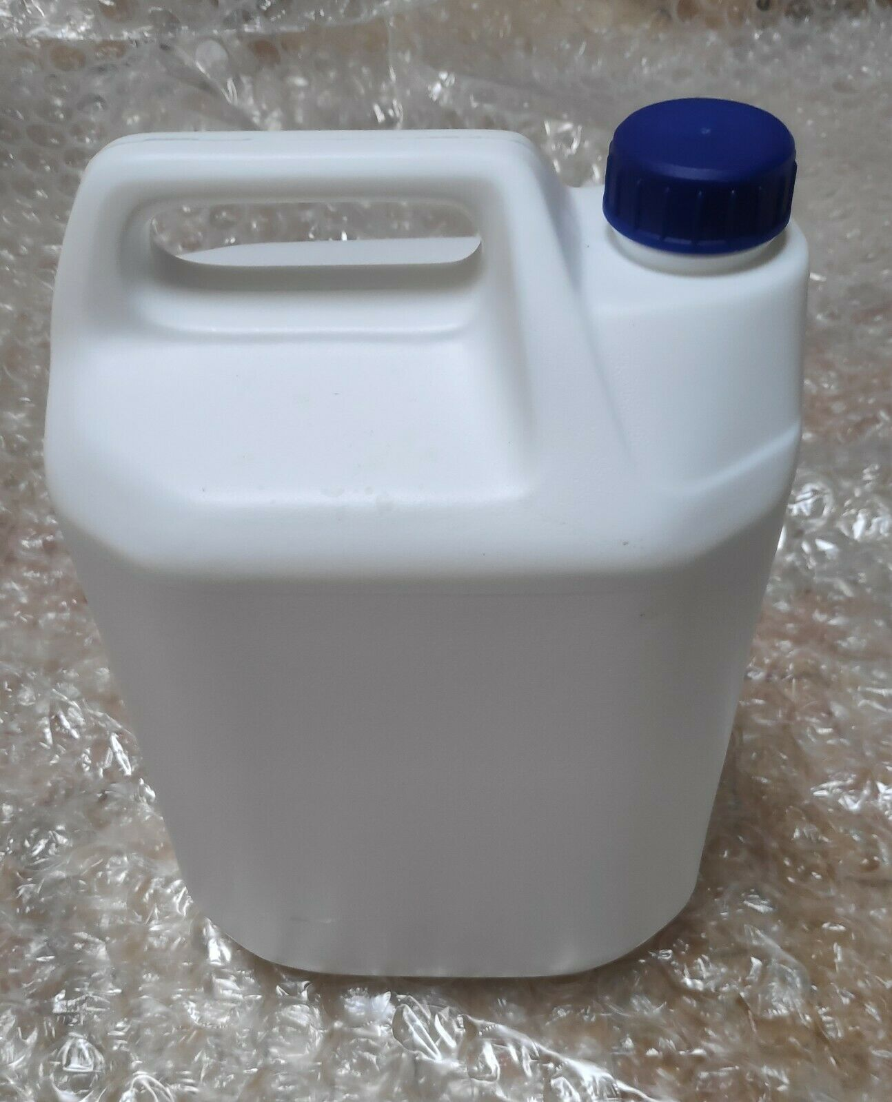 Empty 5 Litre (5000ml) White Plastic HDPE Jerry Cans With Screw Cap - Recyclable