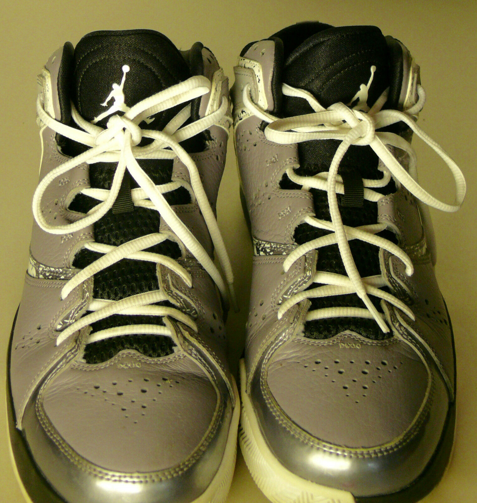 Special limited time NIKE AIR JORDAN MENS SIZE 10 GREY AND BLACK  BASKETBALL SHOES