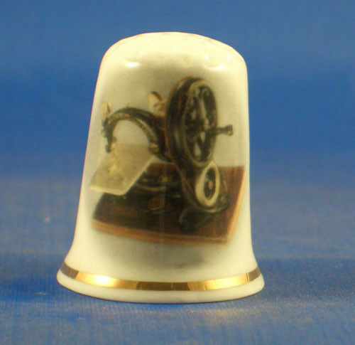 FINE PORCELAIN CHINA THIMBLE - WILLCOX AND GIBBS SEWING MACHINE  1900