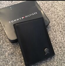 TOMMY HILFIGER Black Leather Wallet Passcase Gift Damage Box Men's AUTHENTIC NEW