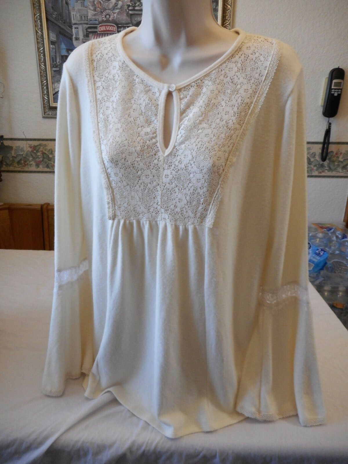 Women's Coffee & Cake Long Sleeve Blouse Cream color Size X- Large NEW