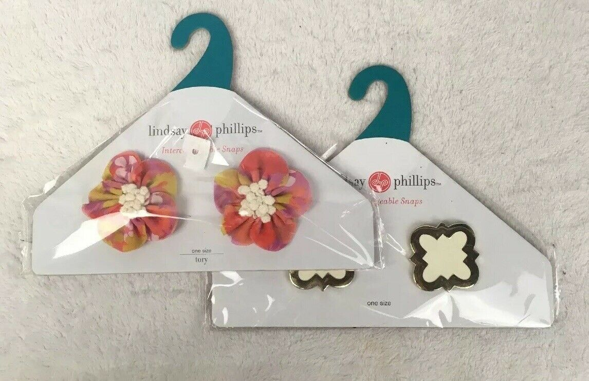 Lot of 2 Lindsay Phillips Interchangeable Snaps Tory Holly Ivory Floral