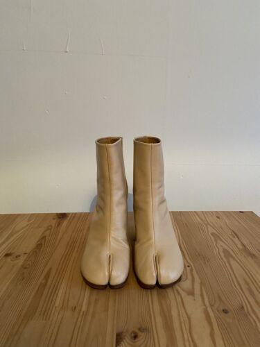 NUOVO MAISON MARGIELA Tabi Stivali in Pelle Nude 36 UK3