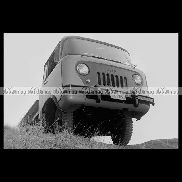 #pha.008572 Photo WILLYS JEEP FC-150 1957-1965 Car Auto