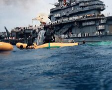 NAVY DIVERS PREPARE TO HOIST GEMINI 9A ABOARD USS WASP  8X10 NASA PHOTO (AA-525)