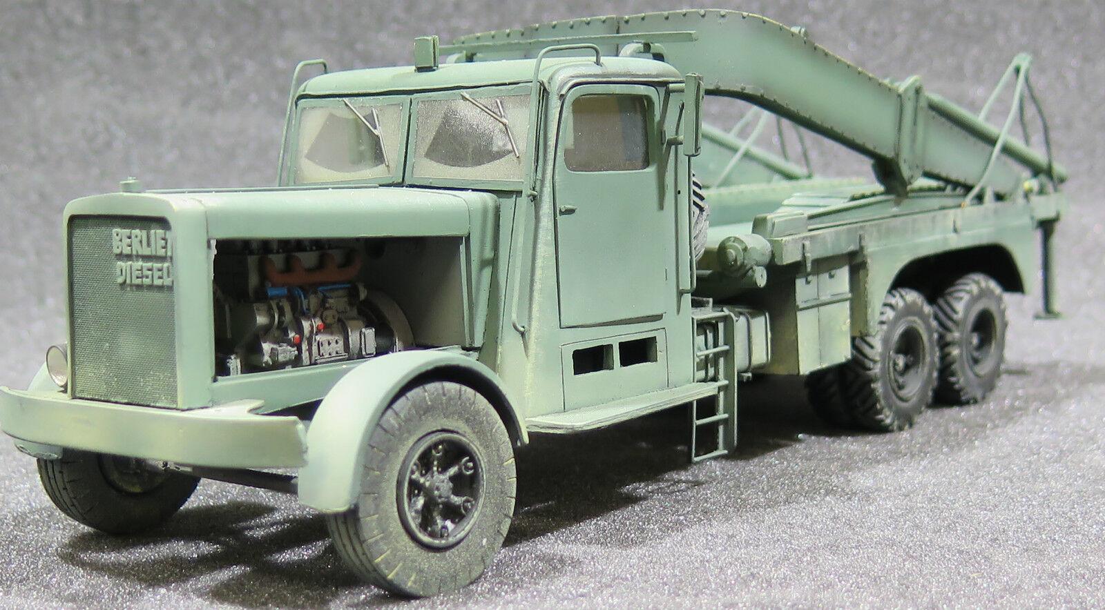 MI0122 - 1 35 PRO  BUILT - Resin Berliet French Ponton Transporter  magasin en ligne