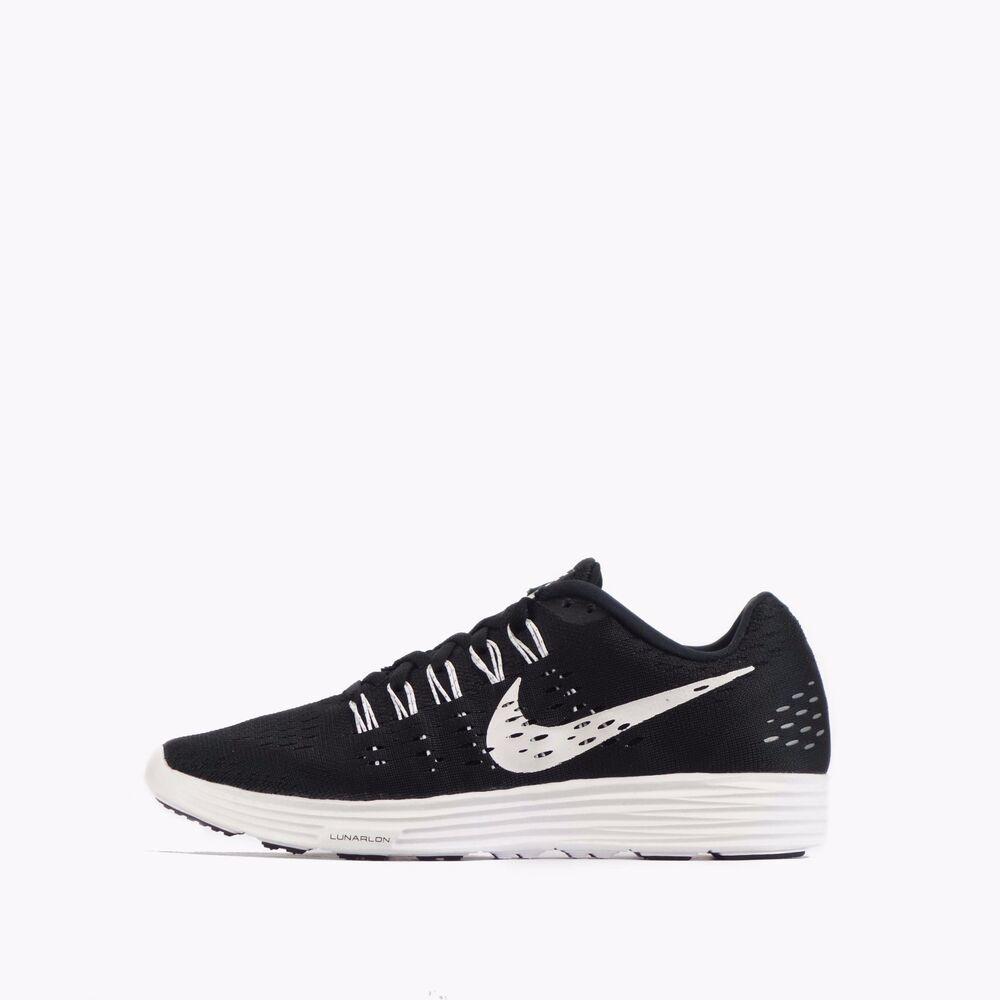Nike Lunartempo Femme Léger Chaussures De Course Noir/Blanc-