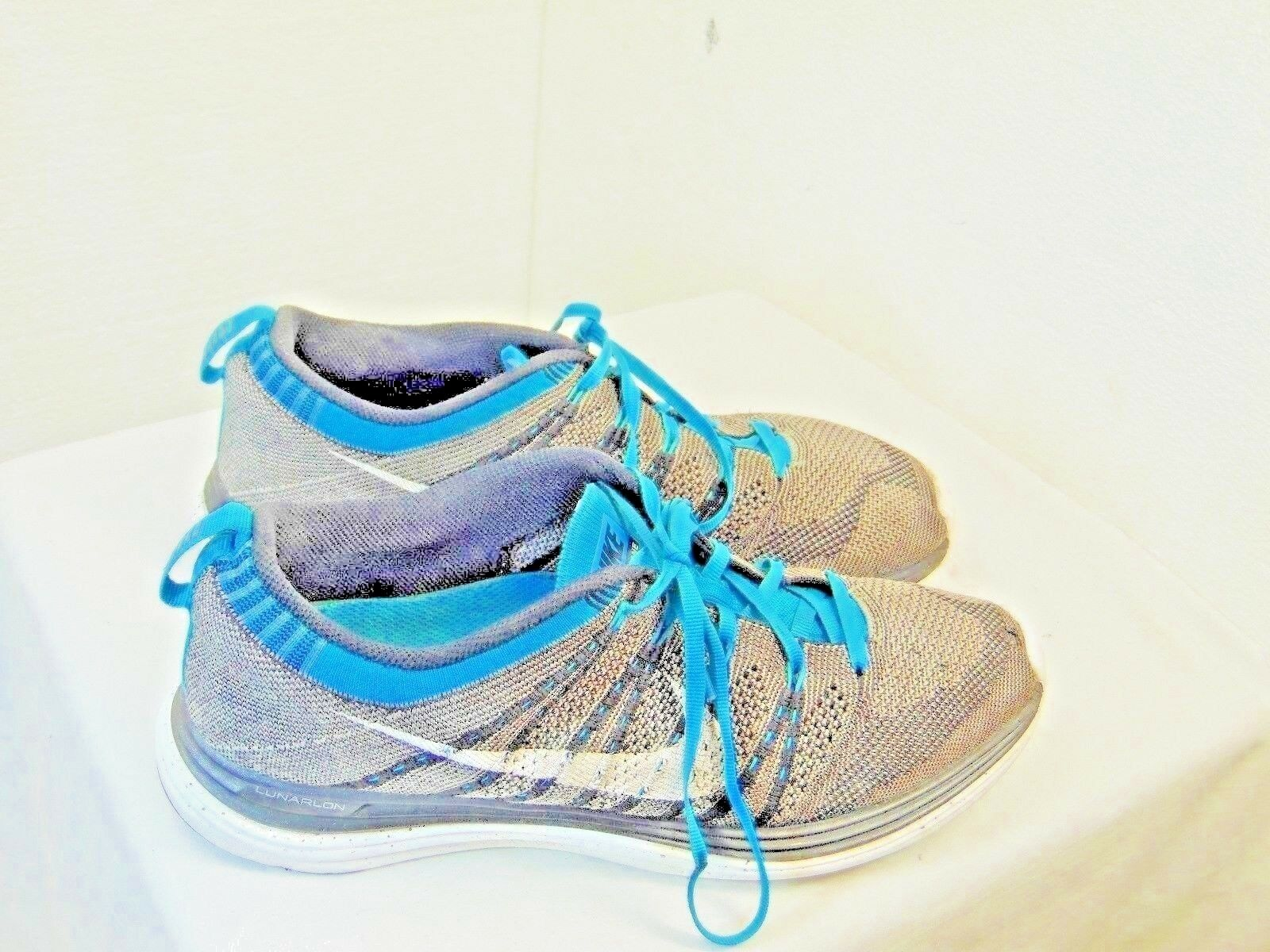 MENS ATHLETIC SHOES NIKE BRAND SIZE 9 GRAY AND BLUE AIRFLOW FABRIC   ZC6  Cheap and beautiful fashion
