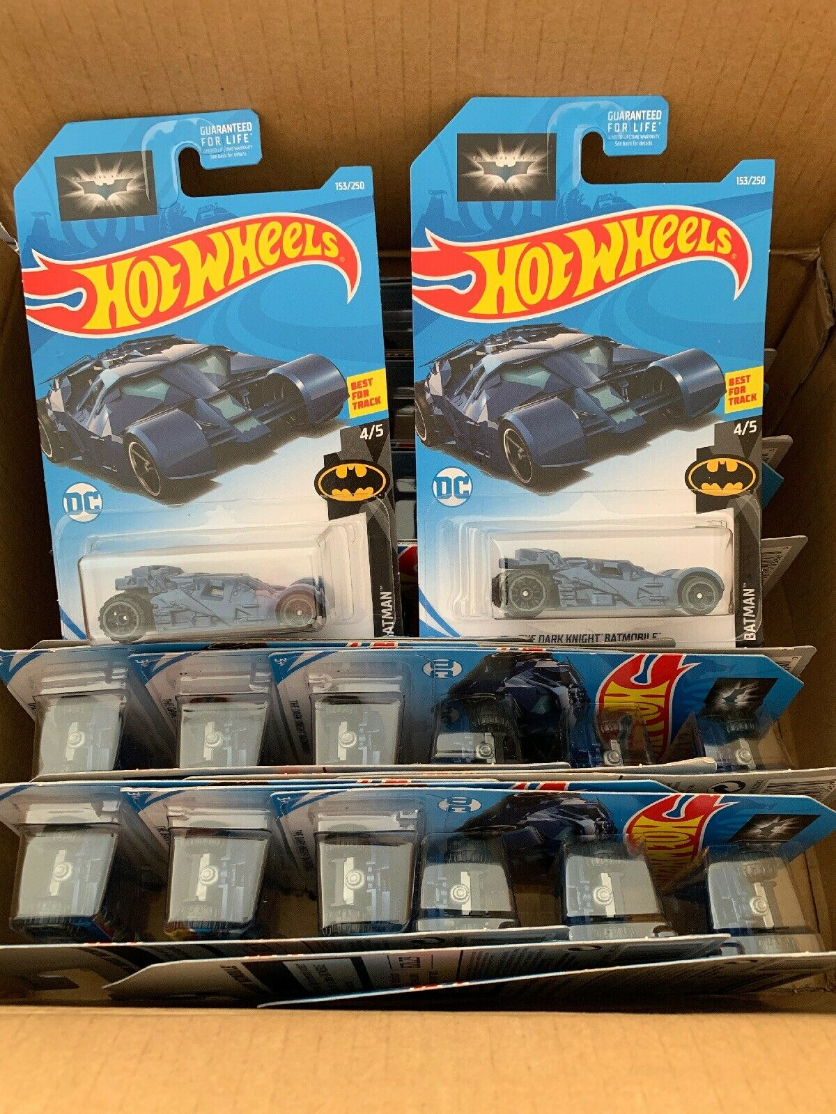 2019 HOT WHEELS Dark Knight Batmobile Lot de 36