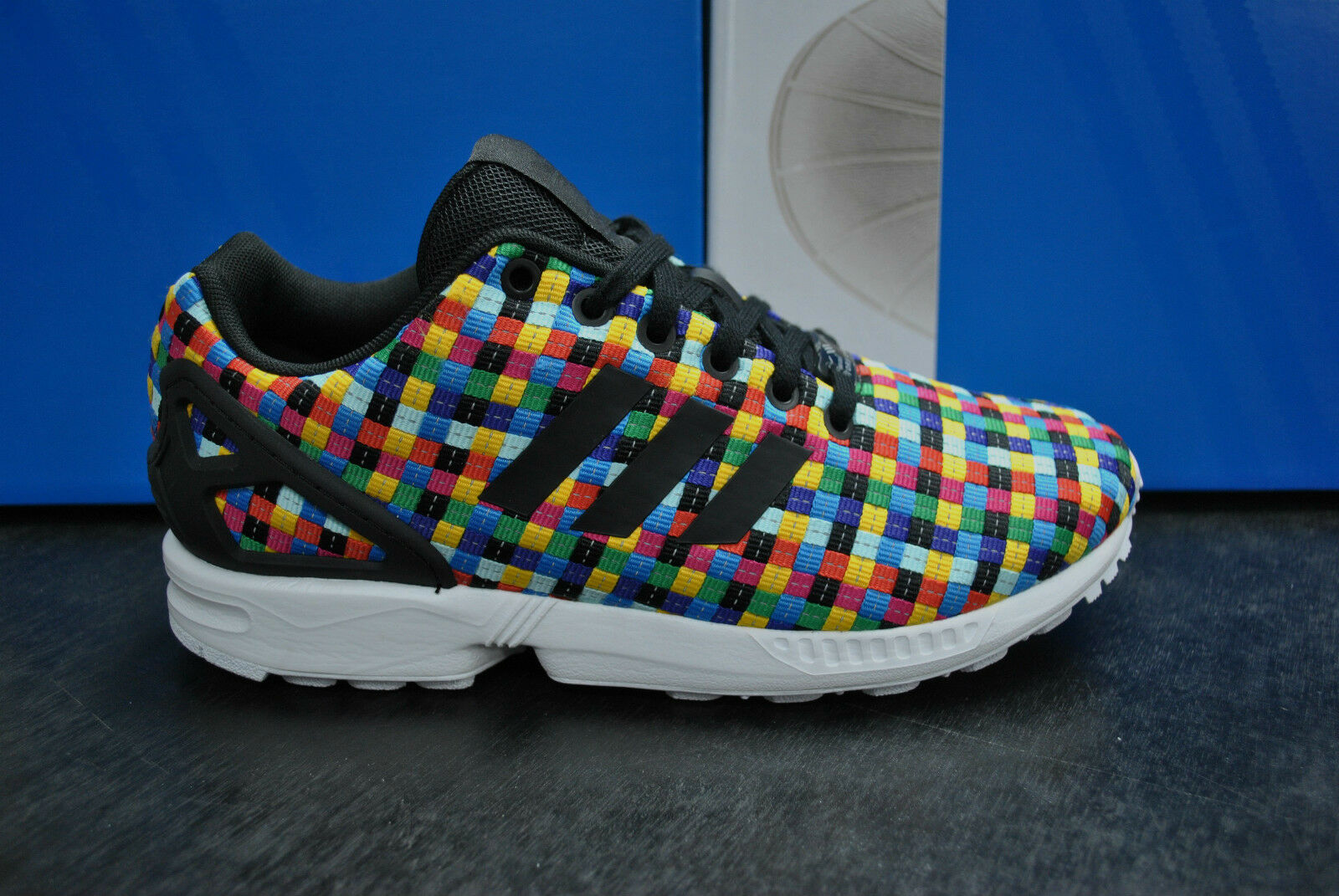new arrival c1262 6896f ADIDAS ZX FLUX SPORTS RUNNING TRAINERS UNISEX blanc Noir FLYKNIT S82749