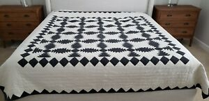 Pottery Barn Tallie Geo Quilt Set Ivory Charcoal Queen 2