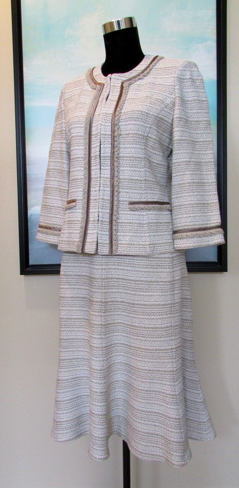 ST. JOHN Collection Boucle Knit Taupe Cream Skirt Suit Sz 8 12