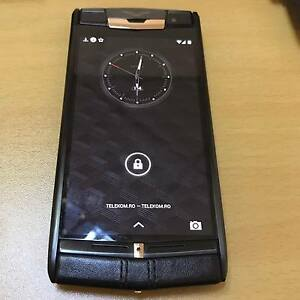 Vertu-Signature-Touch-Jet-Red-Gold-13MP-Bang-amp-Olufsen-Sound