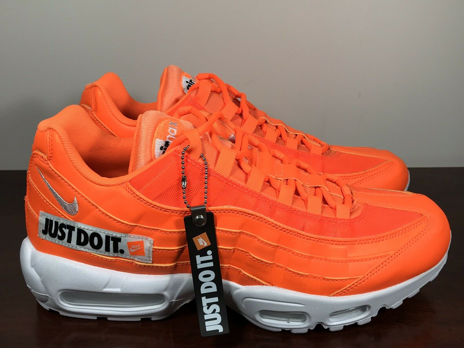 Mens Nike Air Max 95 Ultra Essential Niversity RedWhite In Stock