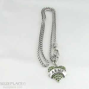 NEW-ARMY-GREEN-CRYSTAL-HEART-CHARM-SILVER-NECKLACE-HEART-CLASP-MILITARY