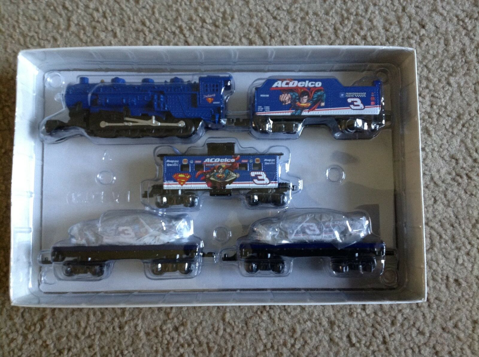 Revell Dale Earnhardt Jr SUPERMAN RACING 7-Piece Train Set - H. O. Scale