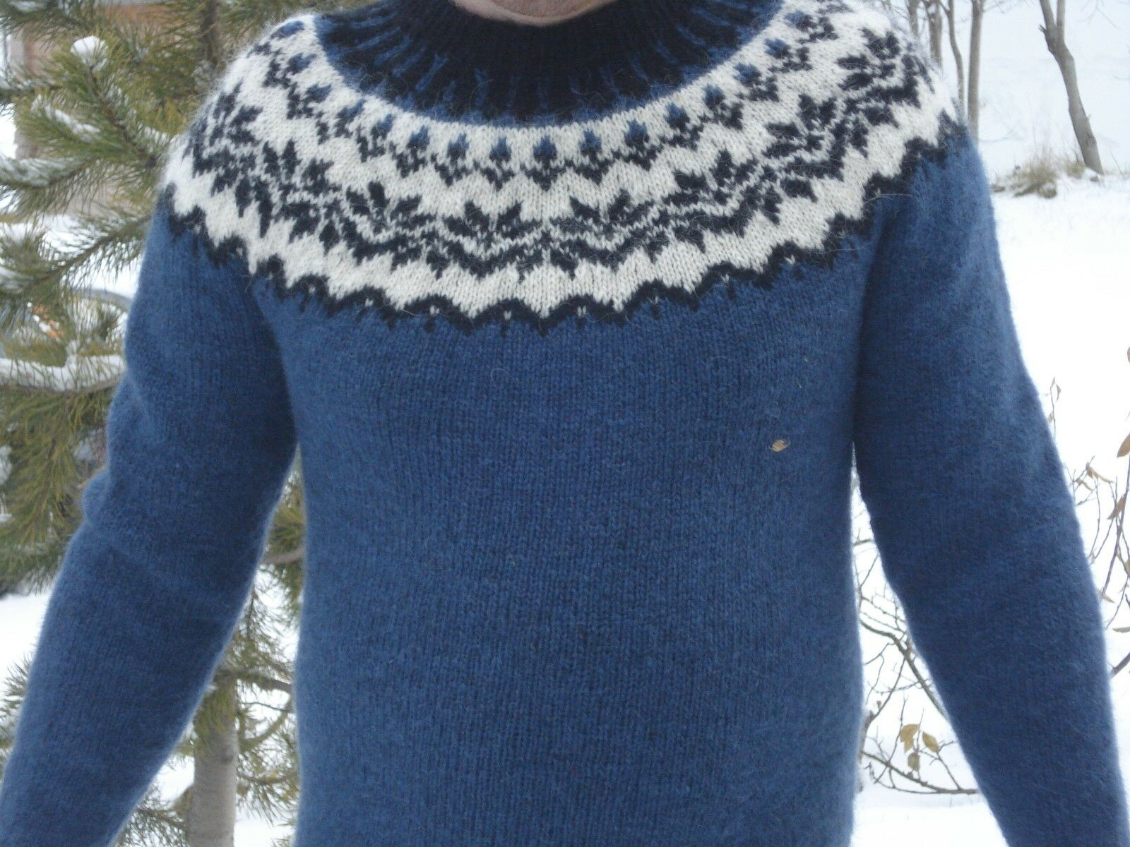 Icelandic wool sweater for man/woman souvenirs handmade
