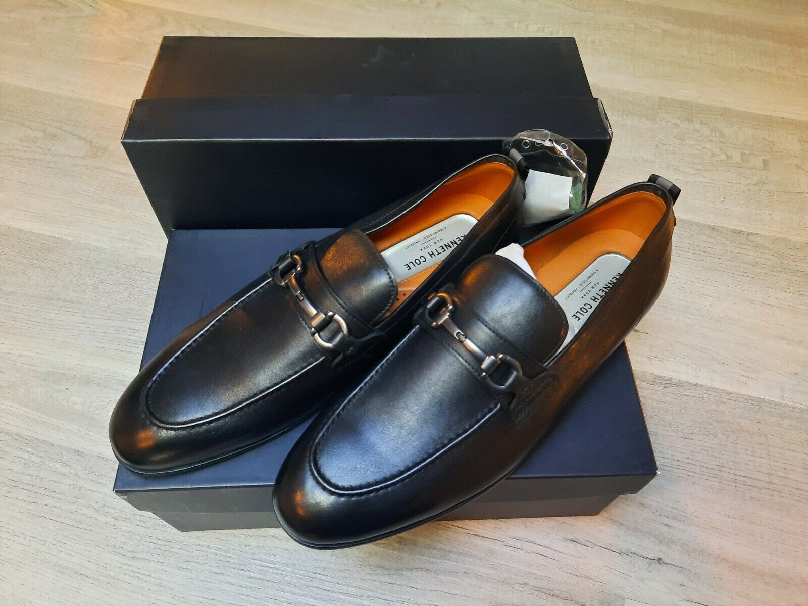 NEW Kenneth Cole Mens Shoes Size 9 US - 42 EU Brand new never worn.(2-pair-pkg)