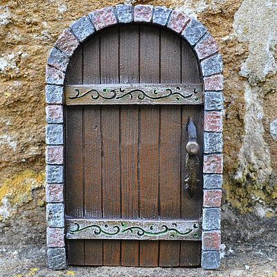Anthony fisher pixies uk fairy door collection garden for Secret fairy doors by blingderella