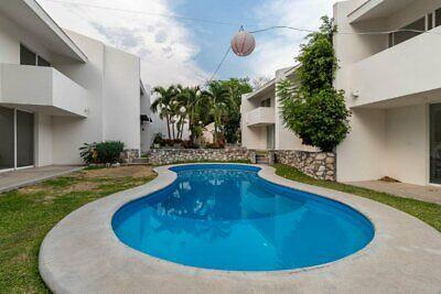 Casa seminueva en venta de 3 recamaras y 3 baños con alberca a 5 minutos del Centro de Xochitepec.