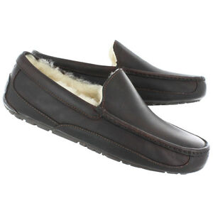 954432c90c65 NEW - Ugg Men s Ascot China Tea Leather Slippers - 5379-CTEA