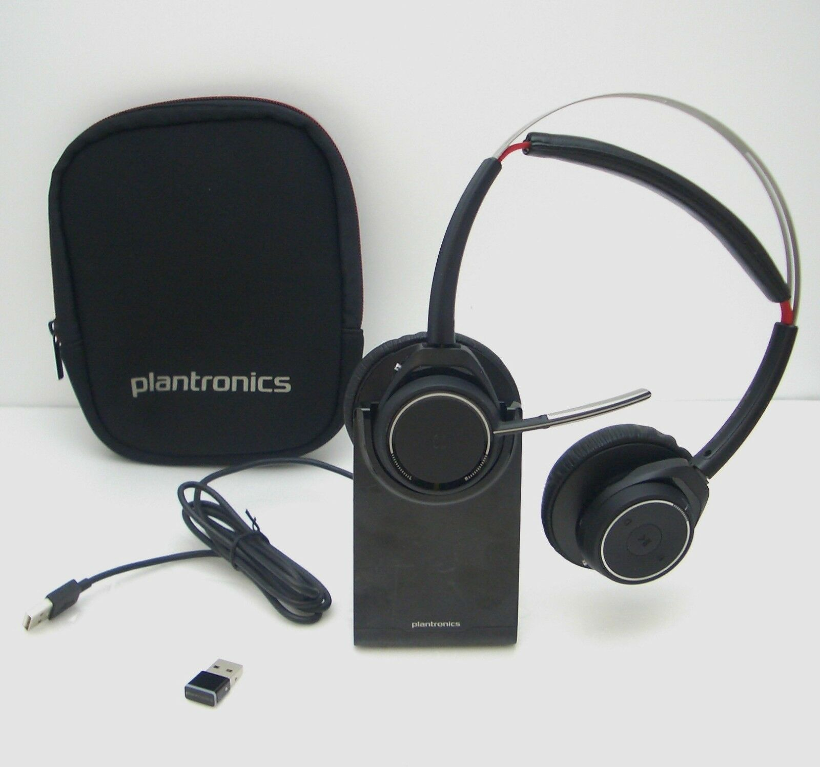Plantronics Voyager Focus Uc B825 Wireless Computer Headset With Charging Stand 17229147782 Ebay