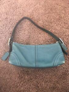 Authentic-Coach-Teal-Leather-Baguette-Hobo-Shoulder-Bag-Blue-Adjustable-Strap