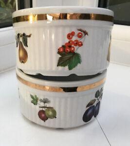 Vintage-Ramekins-Souffle-Dishes-Pair-White-Fruit-Motifs-9x5-5-Cm-Alfred-Meakin
