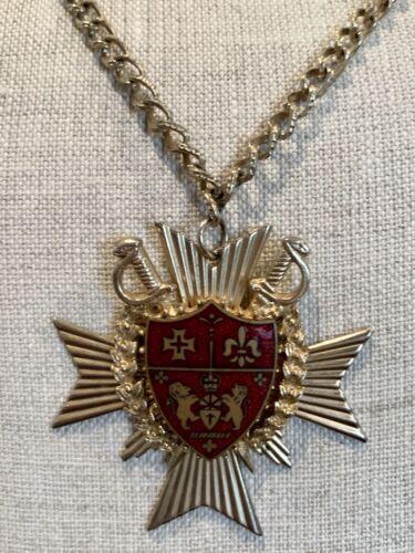 Vintage Heraldic Crown Crest Lion Coat of Arms Sil