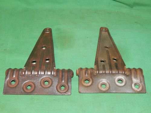 STANLEY SWEETHEART RIB STRAP T HINGES 4-1//2 X 6-1//4-7-3//4 OLD PAIR 1800/'S