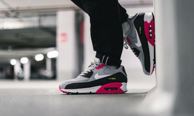 Nike Air Max 90 Essential Aj1285 020 Mens Sizes 9 Worn Once 2019 Colour Like