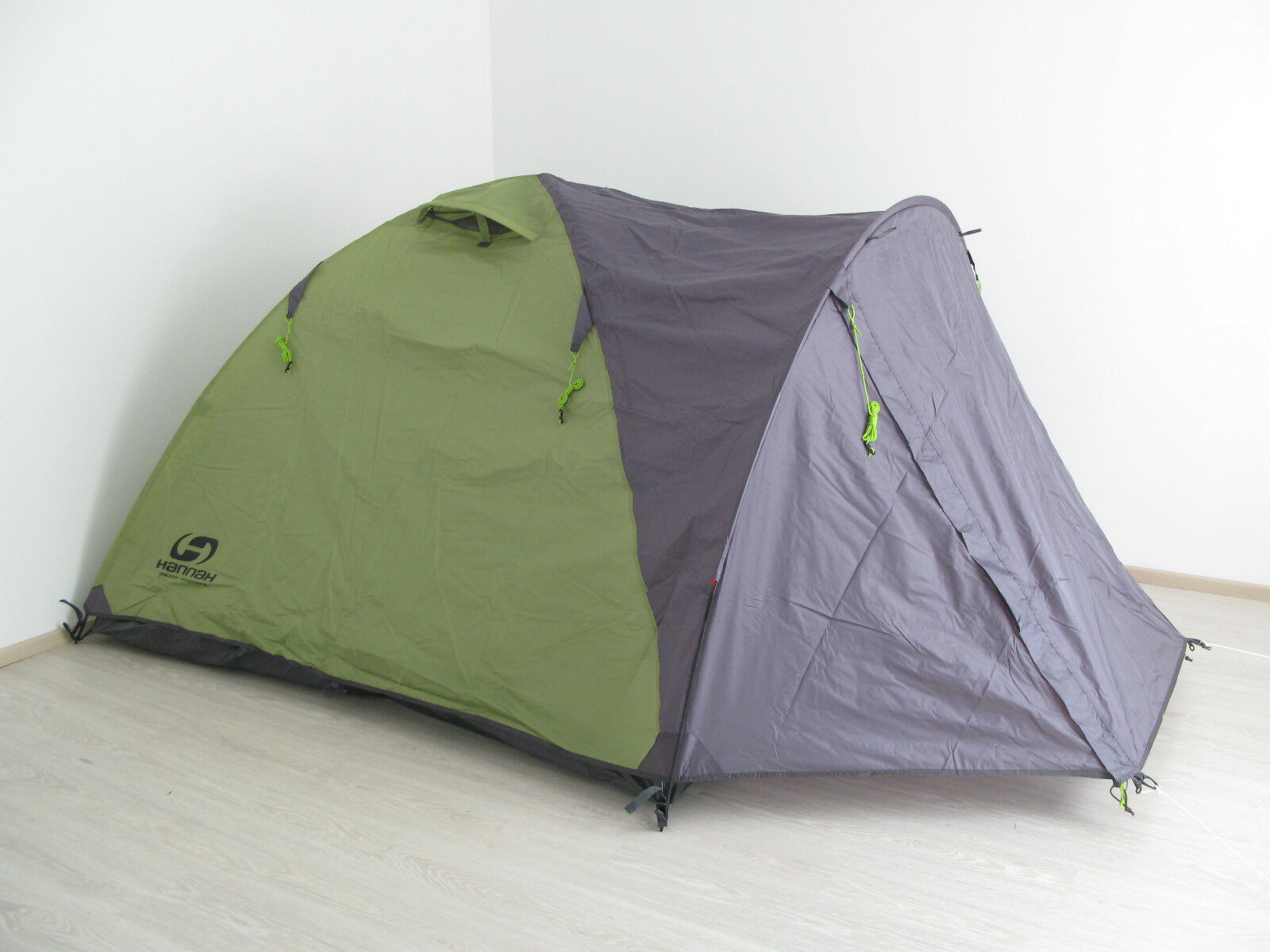 HANNAH 3-person tent HOVER 3,  NEW,   FREE worldwide shipping