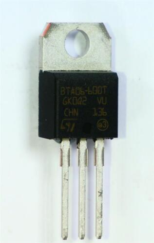 8 x STMicro BTA06-600TRG Triac 600V 6A di innesco di comando 1.5V 5mA 3-pin TO-220AB PIC