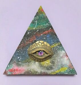 All seeing eye decor, Triangle eye of god, Psychedelic art ...