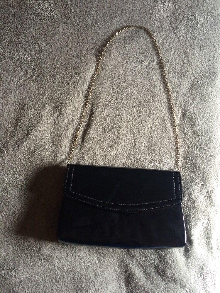 ***Vintage Black Clutch Evening Bag Purse Goldtone Chain***