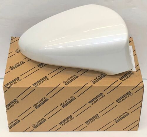 LEXUS OEM PASSENGER SIDE OUTER MIRROR COVER 2014-2015 IS350 077 WHITE