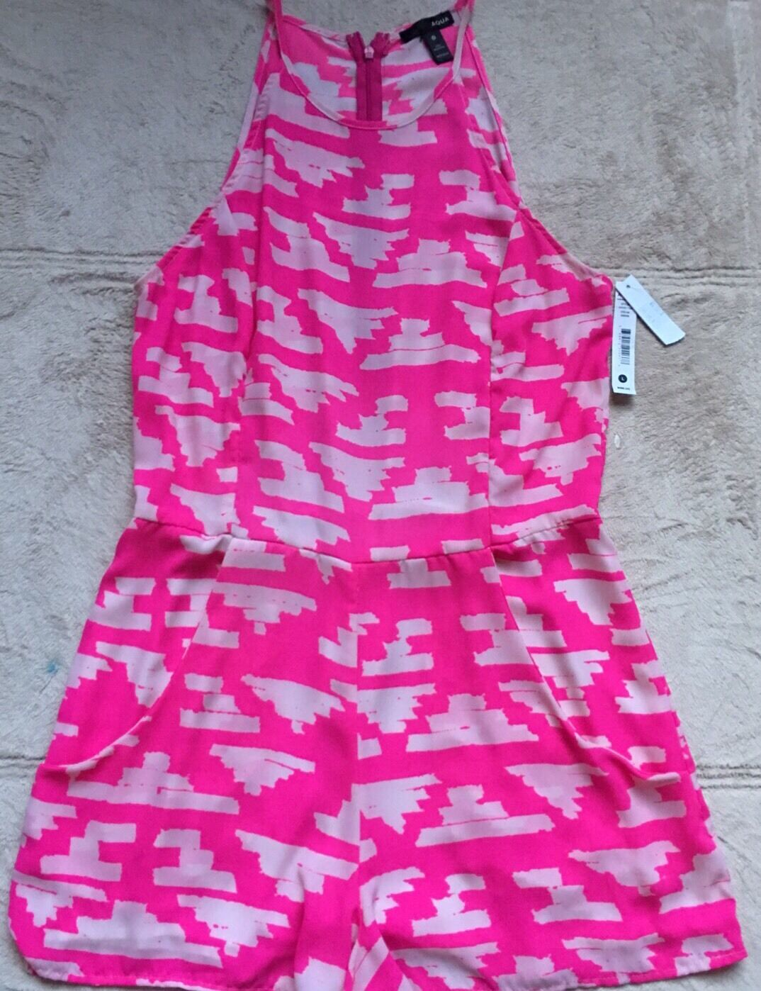 Aqua Shorts Romper Jumper 1-Piece, Large Juniors, Pink & White, Sleeveless NWT
