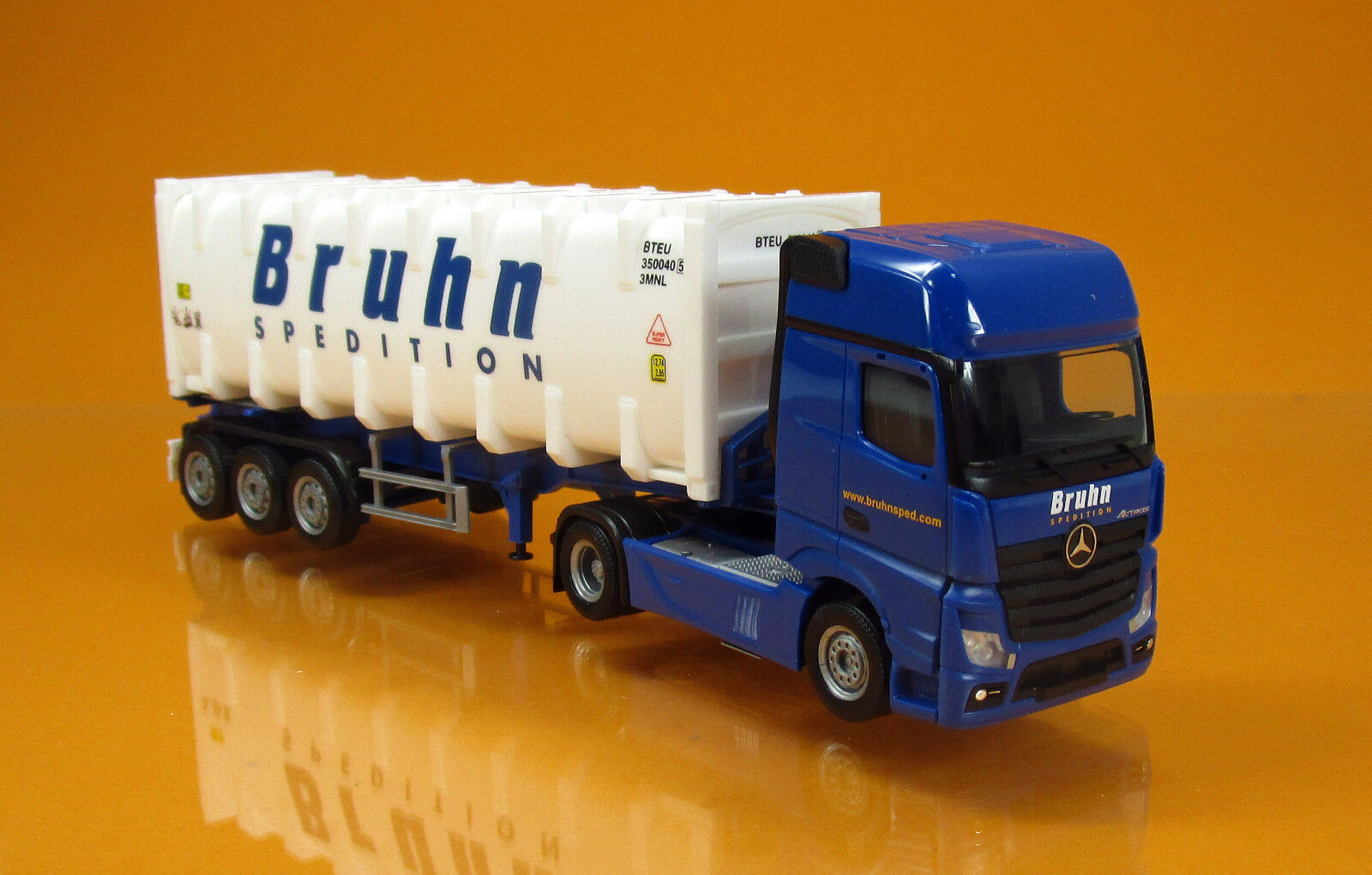 Herpa 307796 Mercedes Benz Actros Gigaspace bulkcontainersattelzug camion Bruhn NEUF