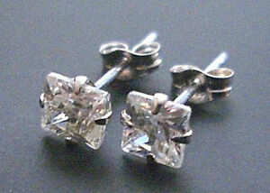 9K-SOLID-WHITE-GOLD-PRINCESS-CUT-DIAMOND-STUDS-EARRINGS