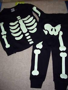 NWT Gymboree Halloween Skeleton Pajamas Costume 6-12 Month Glow in the Dark