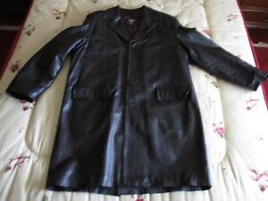Manteau-de-Cuir-de-Tres-Bonne-Qualite-avec-une-Seule-Utilisation