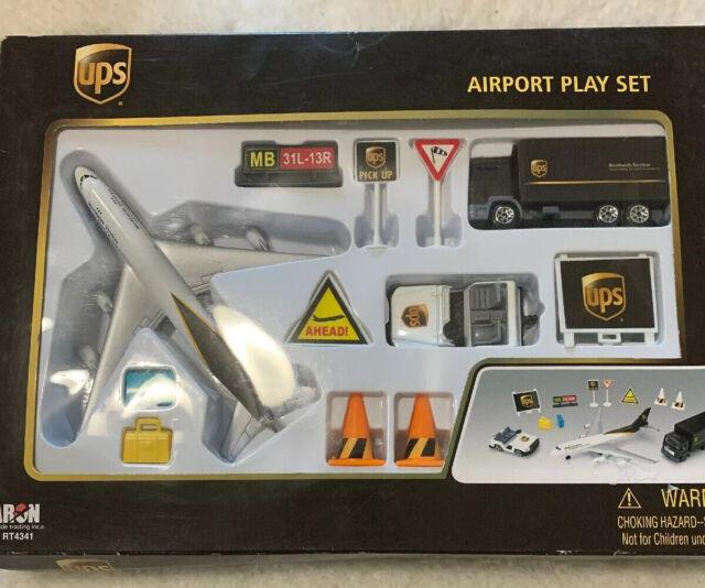 Daron United Airlines Die Cast Metal Airport Play Set