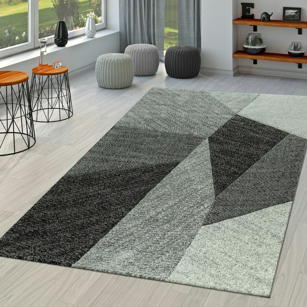 Tappeto moderno a pelo corto per soggiorno aspetto a uncinetto geometrico grigio