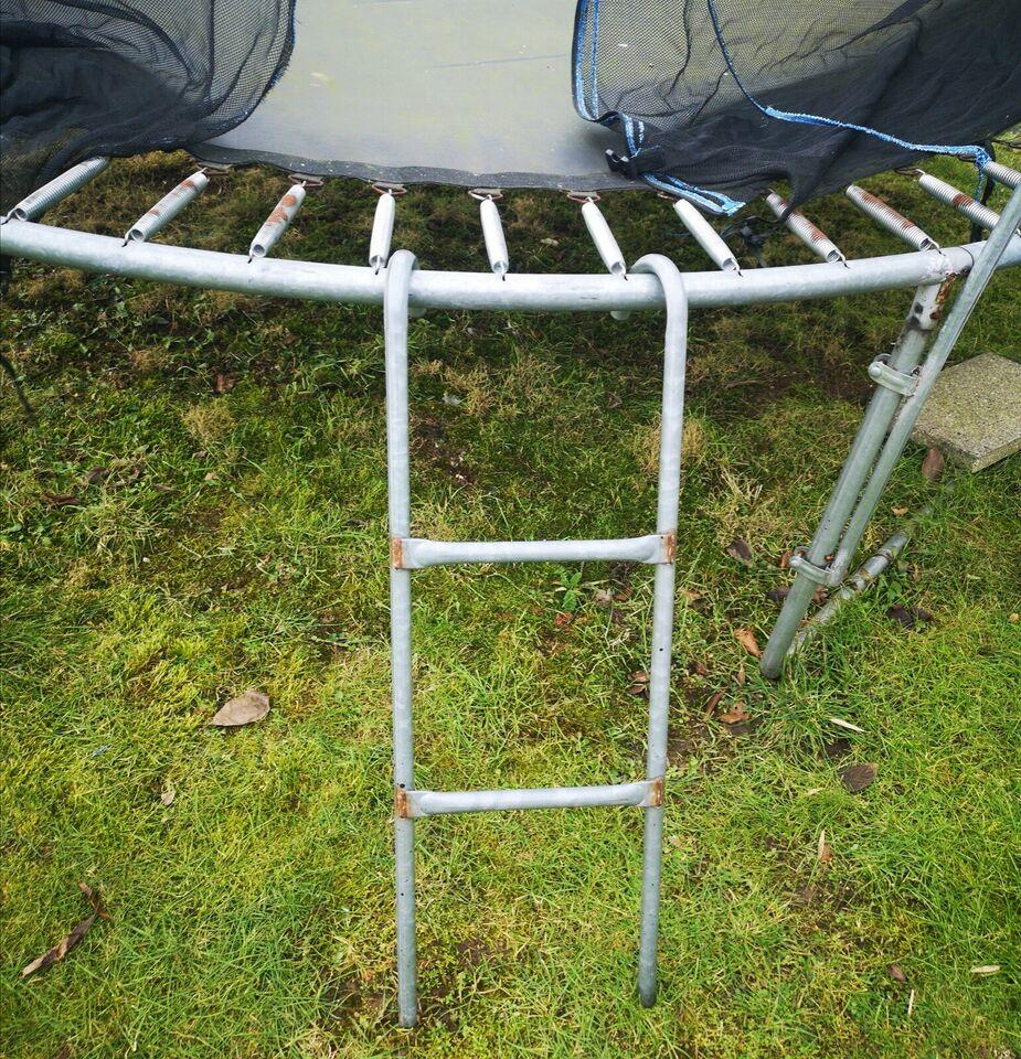 Trampolin, Stor og gedigen trampolin sælges