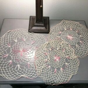 Vintage-Hand-Crocheted-Doilies-Pink-Cream-Matching-Set-of-3-Fine-Thread-11-034-15-034